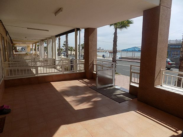 Casa en venta en Playa El Acequión, Torrevieja, Alicante, Avenida Desiderio Rodriguez, 190.000 €, 3 habitaciones, 2 baños, 130 m2