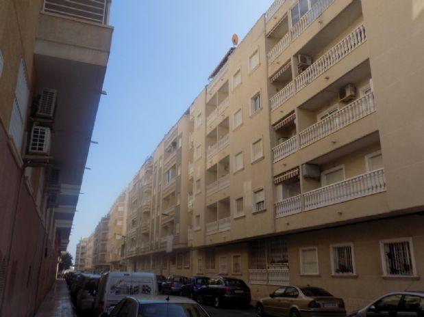 Piso en venta en Playa del Cura, Torrevieja, Alicante, Calle Almudena, 65.000 €, 2 habitaciones, 1 baño, 60 m2