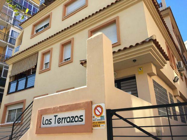 Piso en venta en Centro, Torremolinos, Málaga, Avenida Sorolla, 210.000 €, 2 habitaciones, 1 baño, 191 m2