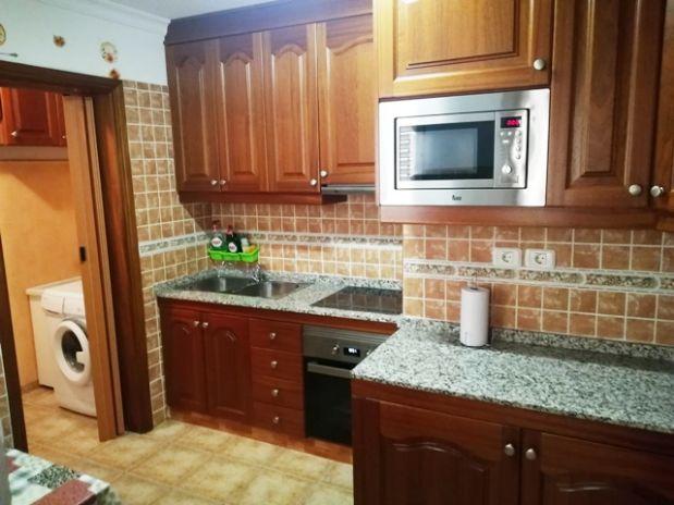 Piso en venta en Santa Lucía de Tirajana, Las Palmas, Calle Mocán, 125.500 €, 3 habitaciones, 2 baños, 95 m2