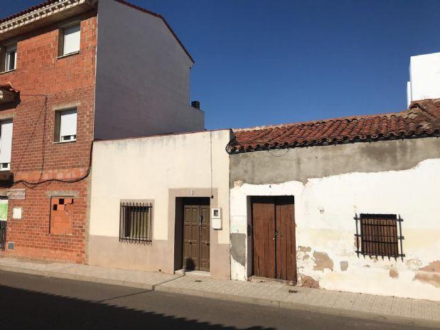 Piso en venta en Almendralejo, Badajoz, Calle Arrollo, 38.000 €, 95 m2