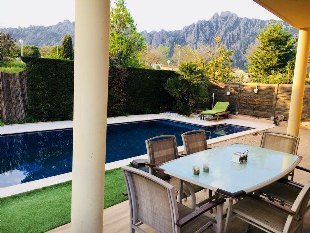 Casa en venta en Collbató, Barcelona, Pasaje Can Dolcet, 340.000 €, 4 habitaciones, 3 baños, 180 m2