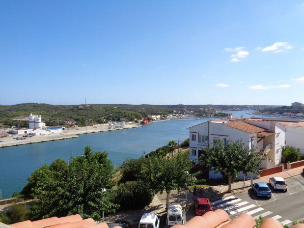 Piso en venta en Mahón, Baleares, Calle Inca, 165.000 €, 4 habitaciones, 1 baño, 160 m2