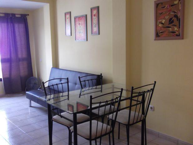 Piso en venta en Barrio Fabelo, Puerto del Rosario, Las Palmas, Calle Espinosa, 75.000 €, 1 habitación, 1 baño, 41 m2