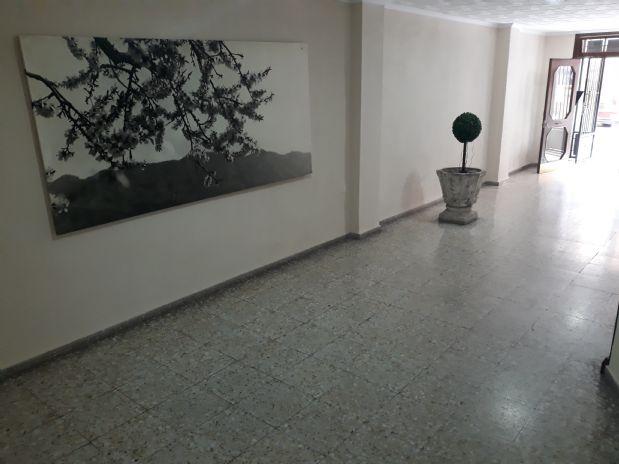 Piso en venta en Plà del Bon Repòs-la Goleta-san Antón, Alicante/alacant, Alicante, Calle Alcalde Suarez Llanos, 69.000 €, 3 habitaciones, 1 baño, 85 m2