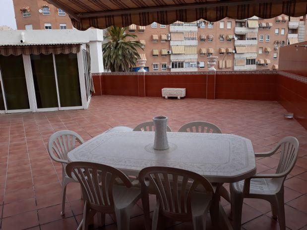 Piso en venta en Campoamor-carolinas-altozano, Alicante/alacant, Alicante, Calle Roselló, 191.000 €, 4 habitaciones, 2 baños, 125 m2