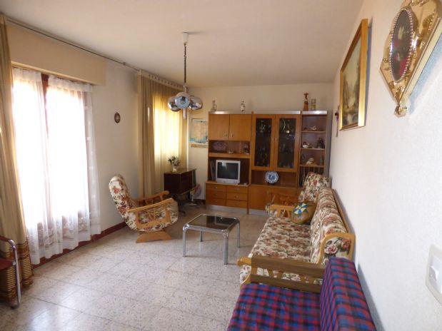 Piso en venta en Brihuega, Guadalajara, Calle Maria Cristina, 77.000 €, 2 habitaciones, 1 baño, 83 m2