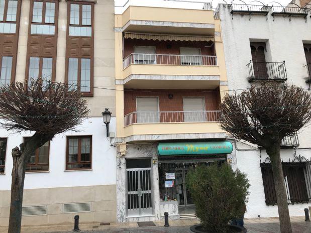 Piso en venta en Torre del Campo, Jaén, Plaza Plaza Pueblo, 110.000 €, 4 habitaciones, 2 baños, 142 m2