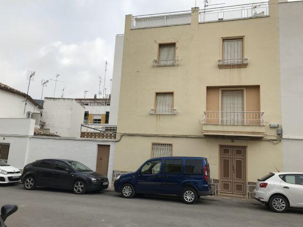 Casa en venta en Torre del Campo, Jaén, Plaza Vicente Martinez, 120.000 €, 165 m2