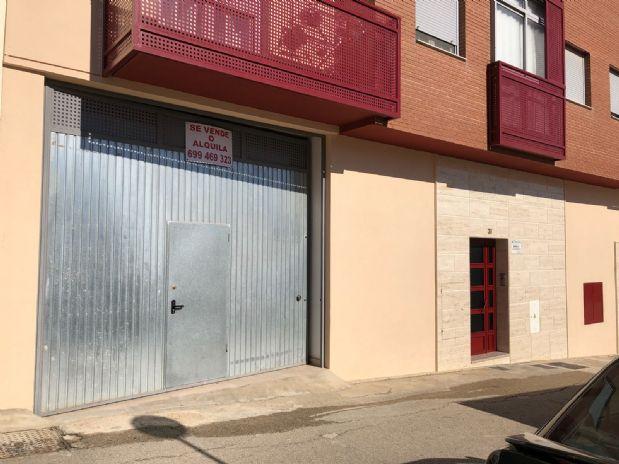 Local en venta en Torre del Campo, Jaén, Calle Adolfo Suarez, 120.000 €, 200 m2