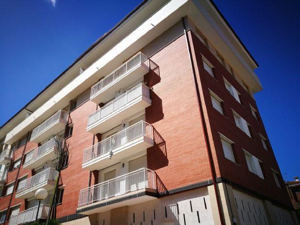 Piso en venta en Colindres, Cantabria, Calle Pintor Rosales, 140.000 €, 3 habitaciones, 2 baños, 98 m2