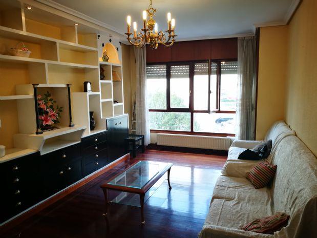 Piso en venta en Colindres, Cantabria, Calle Progreso, 94.000 €, 2 habitaciones, 2 baños, 82 m2