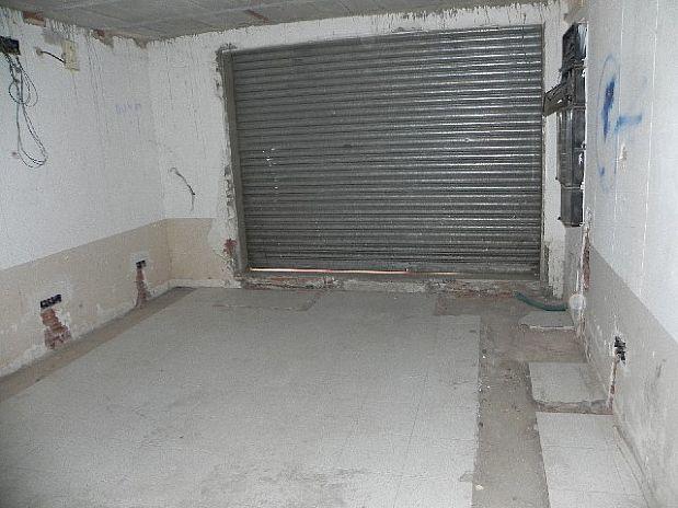 Local en venta en Local en Figueres, Girona, 90.000 €, 139 m2