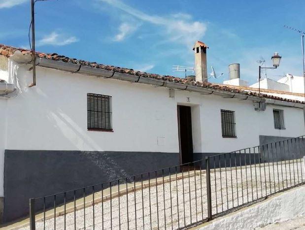 Casa en venta en Higuera de la Sierra, Higuera de la Sierra, Huelva, Calle del Alto, 79.800 €, 146 m2