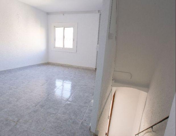 Casa en alquiler en Les Borges del Camp, Tarragona, Calle Jacint Verdaguer, 400 €, 2 habitaciones, 2 baños, 222 m2