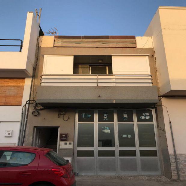 Piso en venta en Puerto del Rosario, Las Palmas, Calle Almirante Fontan Lobe, 39.900 €, 2 habitaciones, 1 baño, 47 m2
