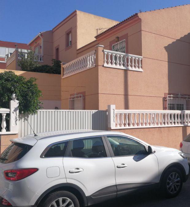 Casa en venta en Huércal de Almería, Almería, Auserd, 150.000 €, 3 habitaciones, 2 baños, 150 m2
