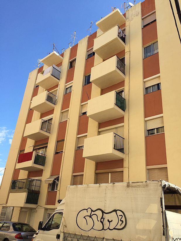 Piso en venta en Reus, Tarragona, Calle de Narcis Oller, 40.000 €, 3 habitaciones, 1 baño, 60 m2