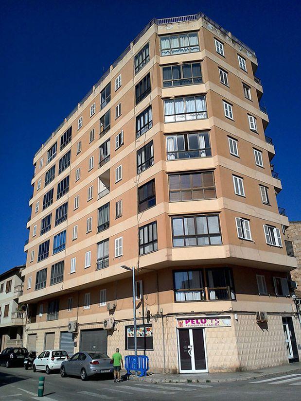 Piso en venta en Inca, Baleares, Calle Santiago Ruisiñol, 95.000 €, 4 habitaciones, 1 baño, 90 m2
