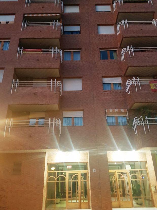 Piso en alquiler en Zaragoza, Zaragoza, Calle Carlos Saura, 820 €, 4 habitaciones, 2 baños, 130 m2