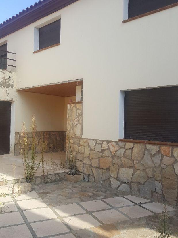 Casa en venta en Villarquemado, Teruel, Calle Larga, 129.900 €, 4 habitaciones, 2 baños, 258 m2