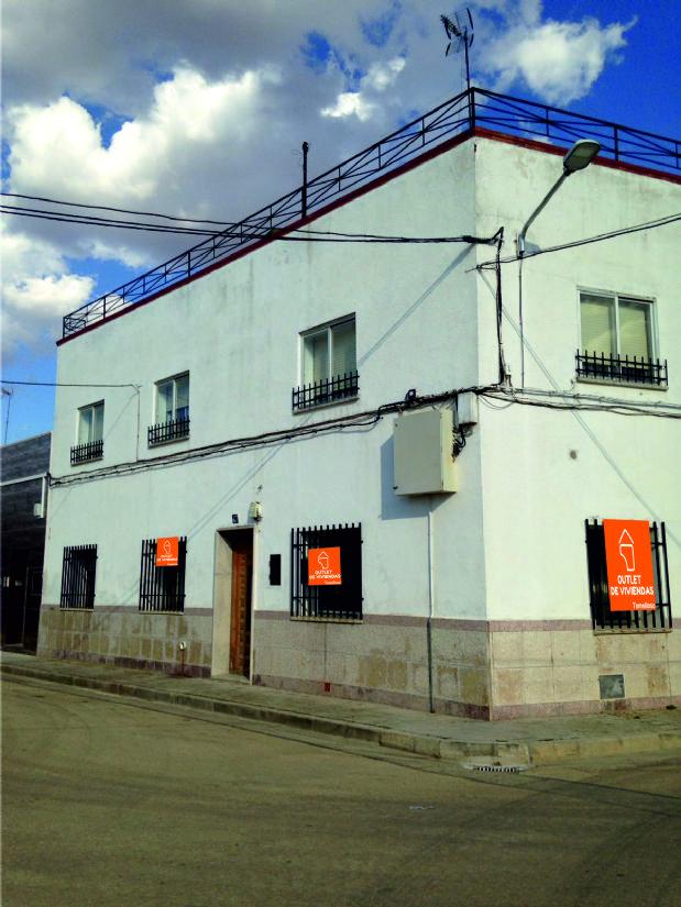 Casa en venta en Tomelloso, Ciudad Real, Calle Ciudad Real, 70.000 €, 4 habitaciones, 2 baños, 100 m2