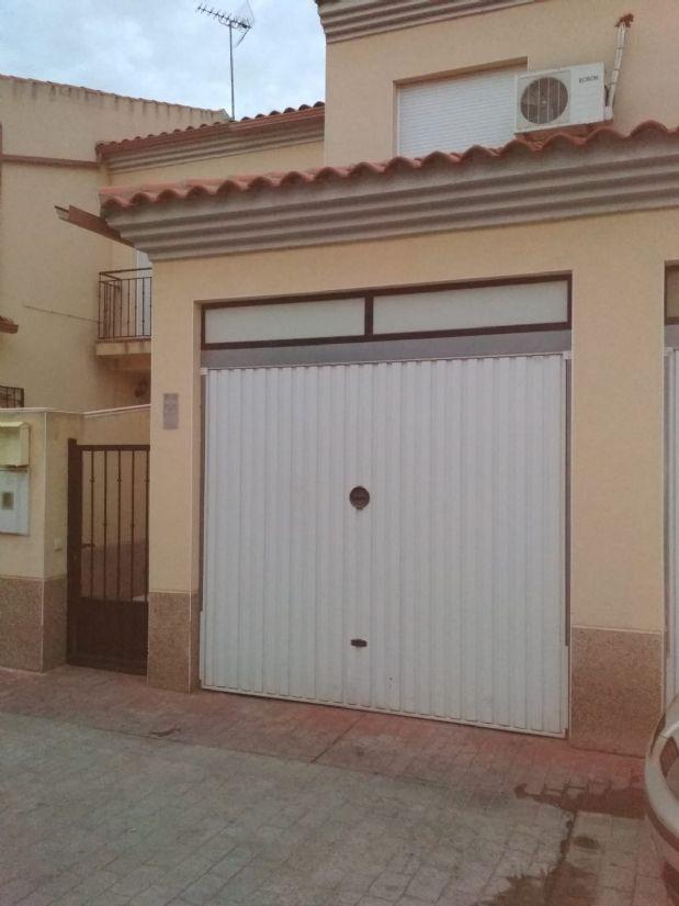 Casa en venta en Tomelloso, Ciudad Real, Calle Perez Galdos, 53.000 €, 3 habitaciones, 2 baños, 110 m2