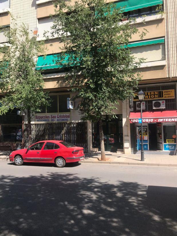Piso en venta en Tomelloso, Ciudad Real, Calle Doña Crisanta, 120.000 €, 4 habitaciones, 2 baños, 108 m2