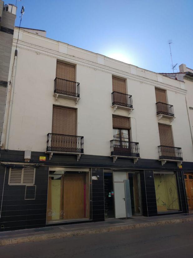 Piso en venta en Tomelloso, Ciudad Real, Calle Don Victor Peñasco, 620.000 €, 700 m2