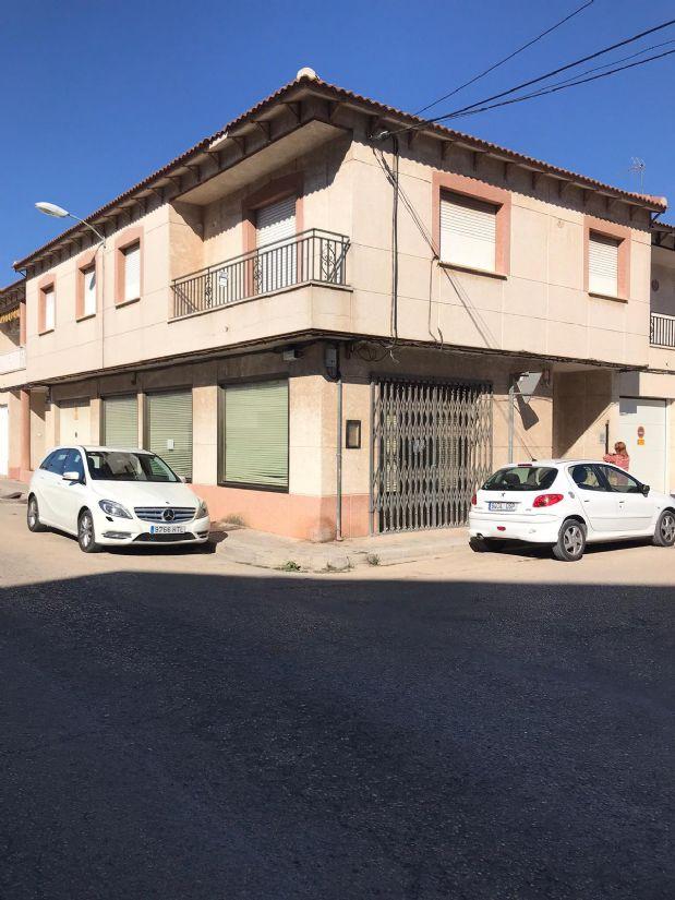 Casa en venta en Tomelloso, Ciudad Real, Calle Pedrero, 145.000 €, 4 habitaciones, 2 baños, 120 m2