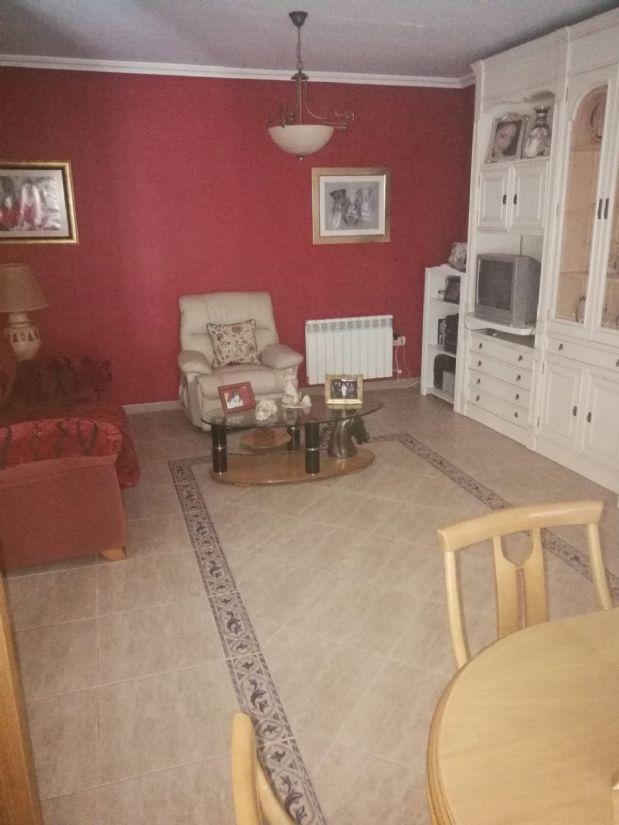 Casa en venta en Tomelloso, Ciudad Real, Calle Socuellamos, 95.000 €, 4 habitaciones, 2 baños, 180 m2