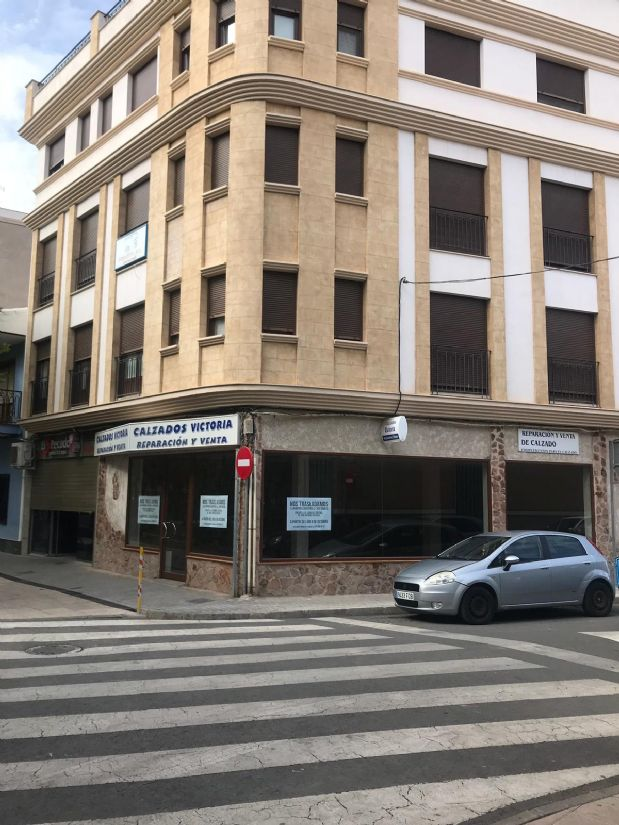 Piso en venta en Tomelloso, Ciudad Real, Calle Castillo, 80.000 €, 3 habitaciones, 2 baños, 87 m2
