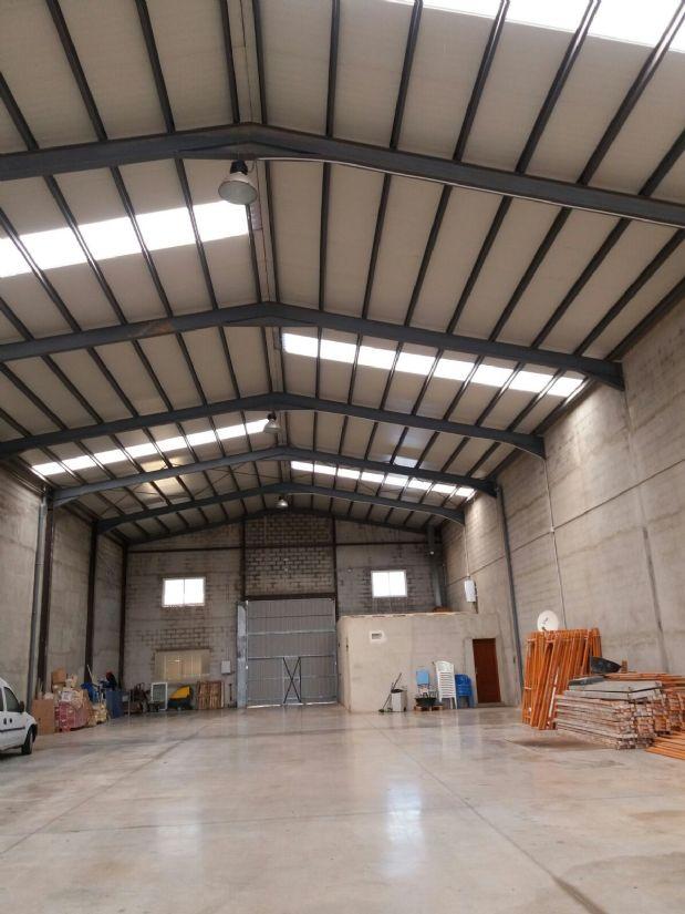 Industrial en alquiler en Tomelloso, Ciudad Real, Calle Peñarroya, 1.100 €, 1000 m2