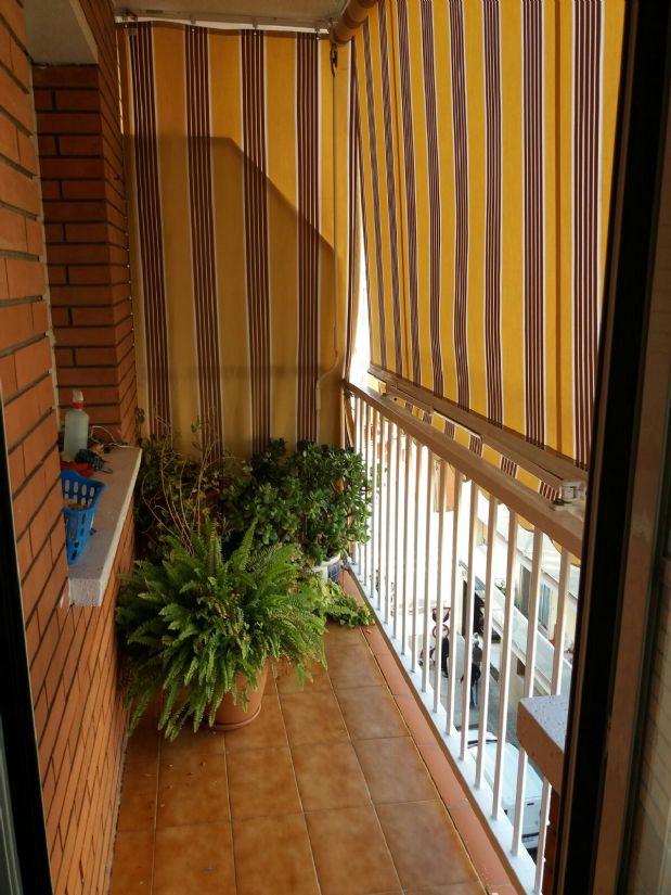 Piso en venta en Sant Andreu de la Barca, Barcelona, Calle Cataluña, 185.000 €, 4 habitaciones, 2 baños, 100 m2