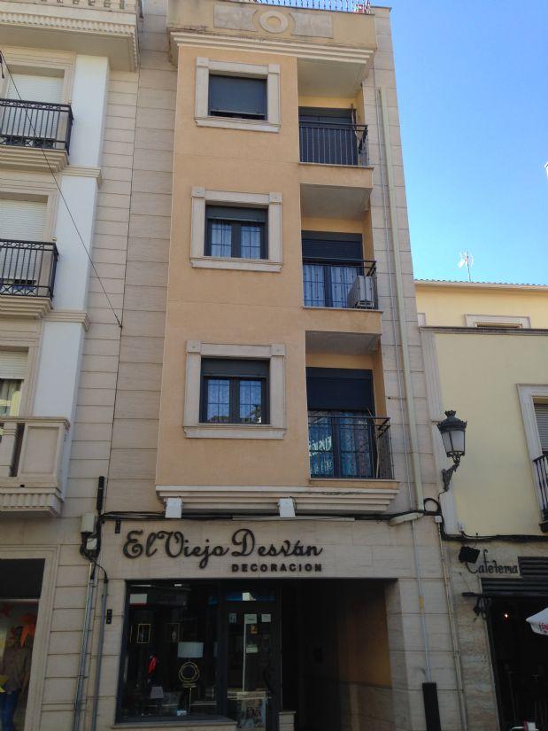 Piso en venta en Tomelloso, Ciudad Real, Calle Don Victor Peñasco, 120.000 €, 3 habitaciones, 2 baños, 110 m2