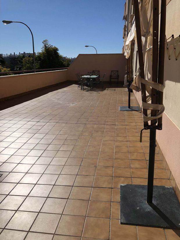 Piso en venta en Torremolinos, Málaga, Avenida Miguel Fernández Alcauza, 220.000 €, 3 habitaciones, 2 baños, 170 m2