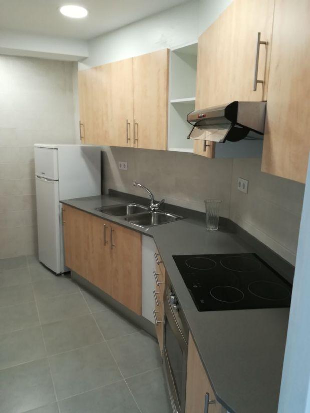 Piso en venta en Piso en Manresa, Barcelona, 93.000 €, 3 habitaciones, 1 baño, 92 m2