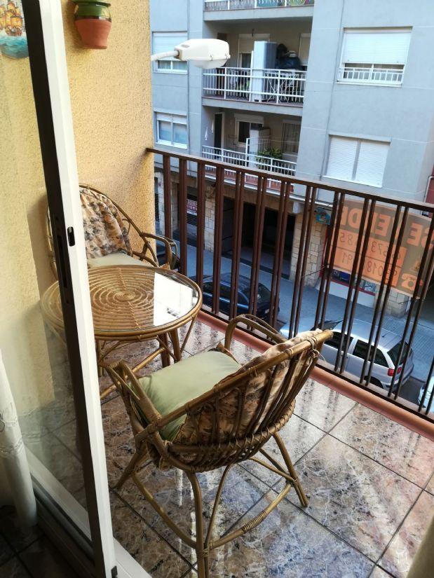Piso en venta en Escoles, Terrassa, Barcelona, Calle Colón, 125.000 €, 3 habitaciones, 1 baño, 85 m2