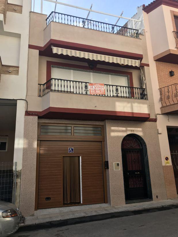 Casa en venta en Torre del Campo, Jaén, Calle Menendez Pidal, 150.000 €, 5 habitaciones, 2 baños, 220 m2