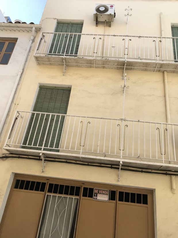 Piso en venta en Torre del Campo, Jaén, Calle Tomillar, 111.187 €, 6 habitaciones, 2 baños, 228 m2