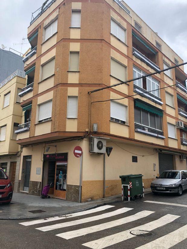 Piso en venta en Torre del Campo, Jaén, Avenida de la Constitucion, 85.000 €, 4 habitaciones, 2 baños, 122 m2