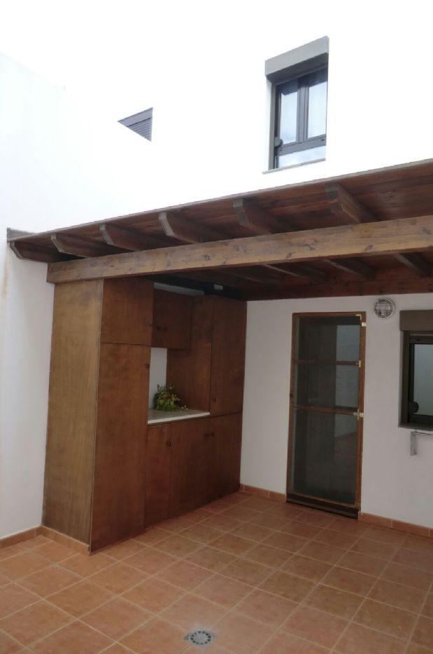 Casa en venta en Puerto del Rosario, Las Palmas, Calle Versadores, 225.000 €, 3 habitaciones, 2 baños, 184 m2