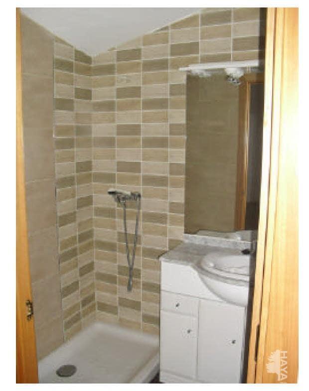 Piso en venta en La Bordeta, Lleida, Lleida, Calle Maials, 61.200 €, 2 habitaciones, 1 baño, 69 m2