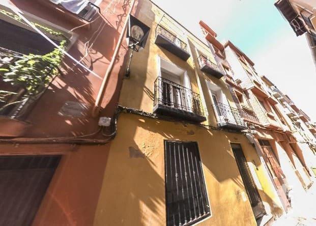 Piso en venta en Zaragoza, Zaragoza, Calle Armas, 39.400 €, 1 habitación, 1 baño, 79 m2
