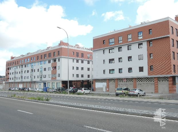 Piso en venta en Ávila, Ávila, Carretera Sonsoles, 119.000 €, 3 habitaciones, 1 baño, 131 m2