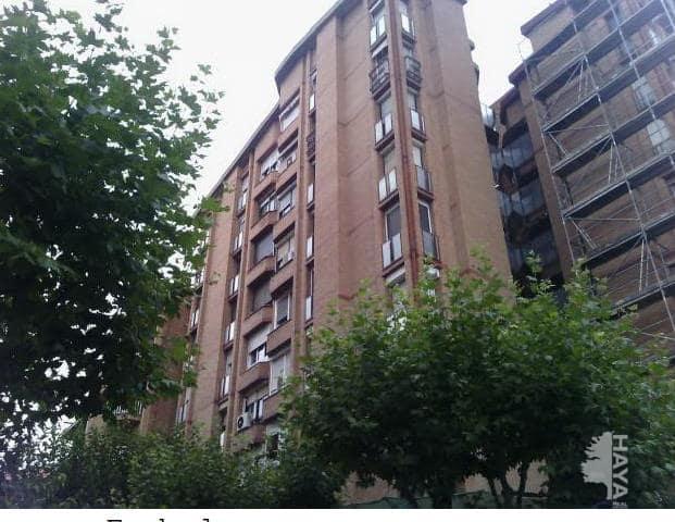 Piso en venta en Barberà del Vallès, Barcelona, Avenida Generalitat, 120.000 €, 3 habitaciones, 1 baño, 84 m2