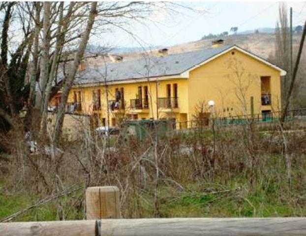 Casa en venta en Cacabelos, León, Calle Edrada, 42.600 €, 4 habitaciones, 2 baños, 102 m2