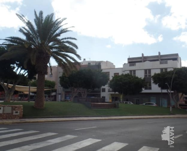 Piso en venta en La Charca, Puerto del Rosario, Las Palmas, Calle Toboso, 80.000 €, 2 habitaciones, 1 baño, 62 m2