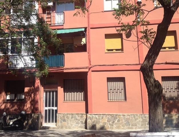 Piso en venta en Sants-montjuïc, Barcelona, Barcelona, Calle Mare de Deu del Port, 135.000 €, 54 m2