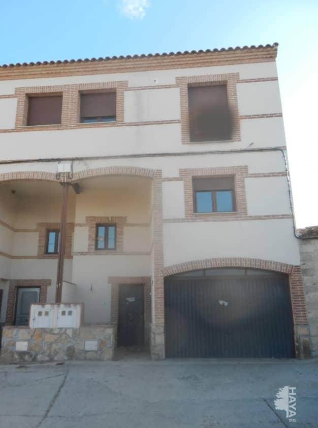 Casa en venta en Lagartera, Lagartera, Toledo, Calle Mariano Martin, 117.000 €, 3 habitaciones, 1 baño, 177 m2